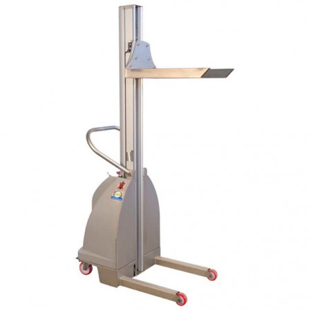 ITE-INOX semi-electric minilifter capacity of 100/200 kg and a lifting height of 1500/2000 mm